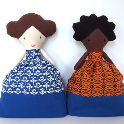 Bábiky černoška Aziza a beloška Hanička